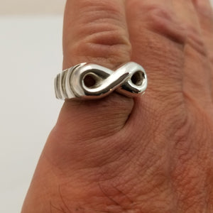 number 8 sterling silver ring