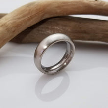 Load image into Gallery viewer, Stainless still iron ring