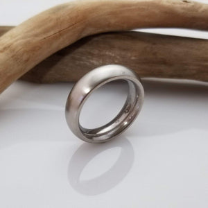 Stainless still iron ring