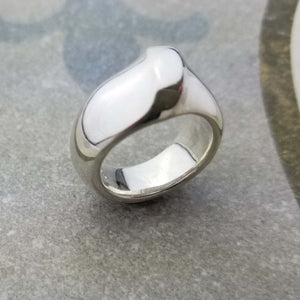Unique bold love ring