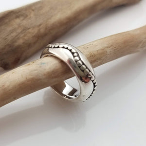 Gorgeous large silver hand made ring
