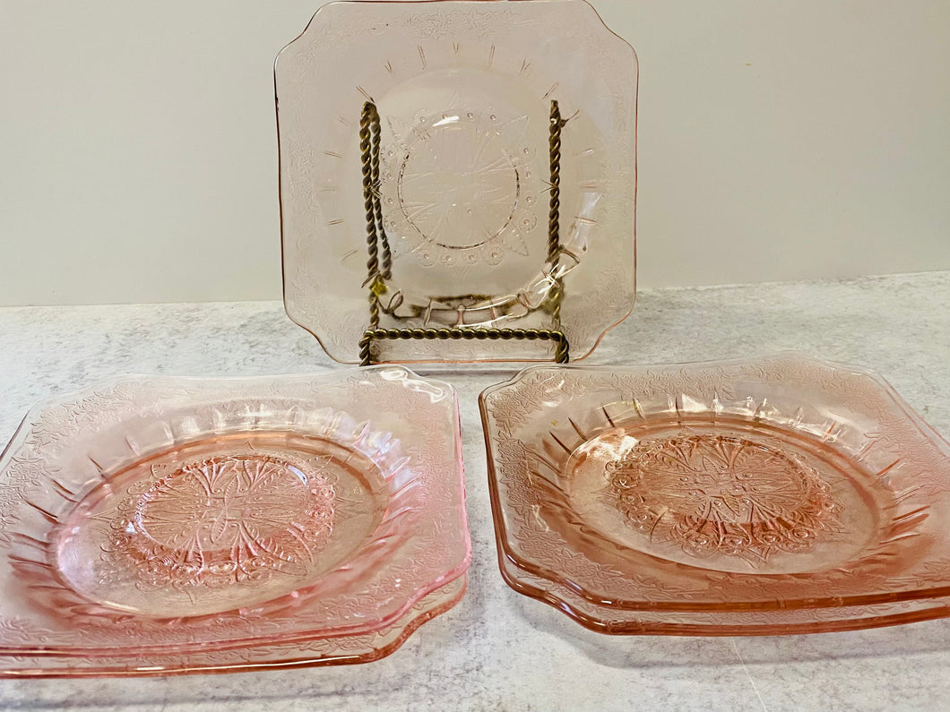 Five Depression Glass Dessert plates