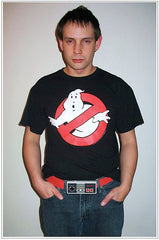 guy wearing ghostbusters t-shirt and nintendo belt