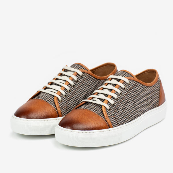 Side profile of Jack Sneaker in Honey