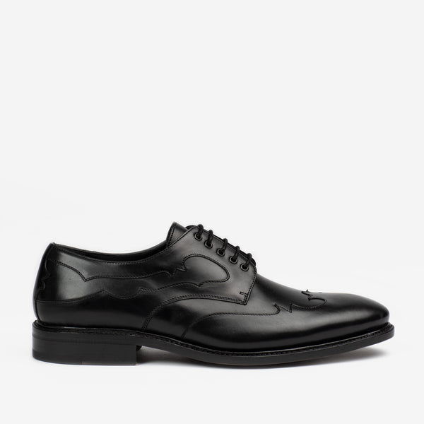 CLINT SHOE IN BLACK SIDE PROFILE