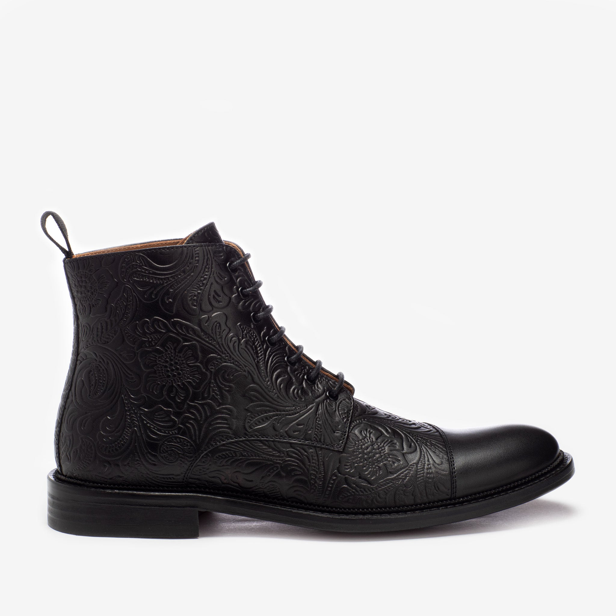 paris boot in black