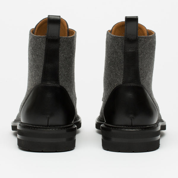Jack Boot Black Back