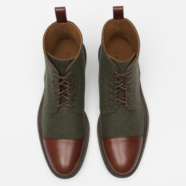 Jack Boot Green Top
