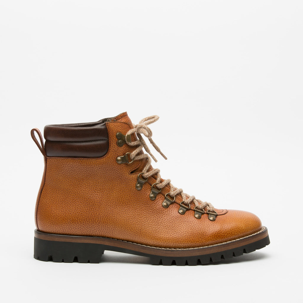 The Viking Boot in Honey