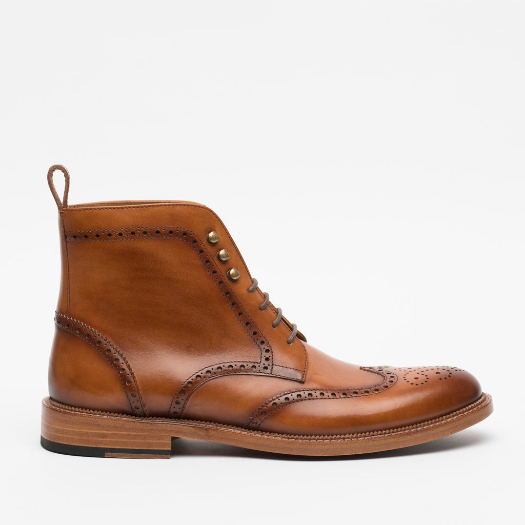 The Mack Boot in Burnt Honey