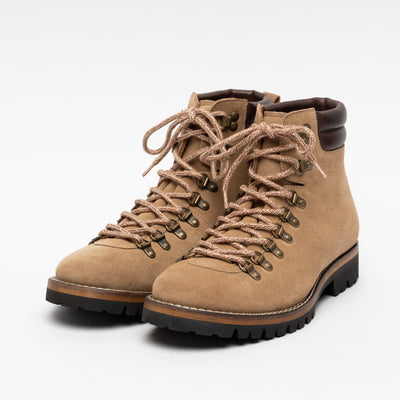 Viking boot in Beige angle view