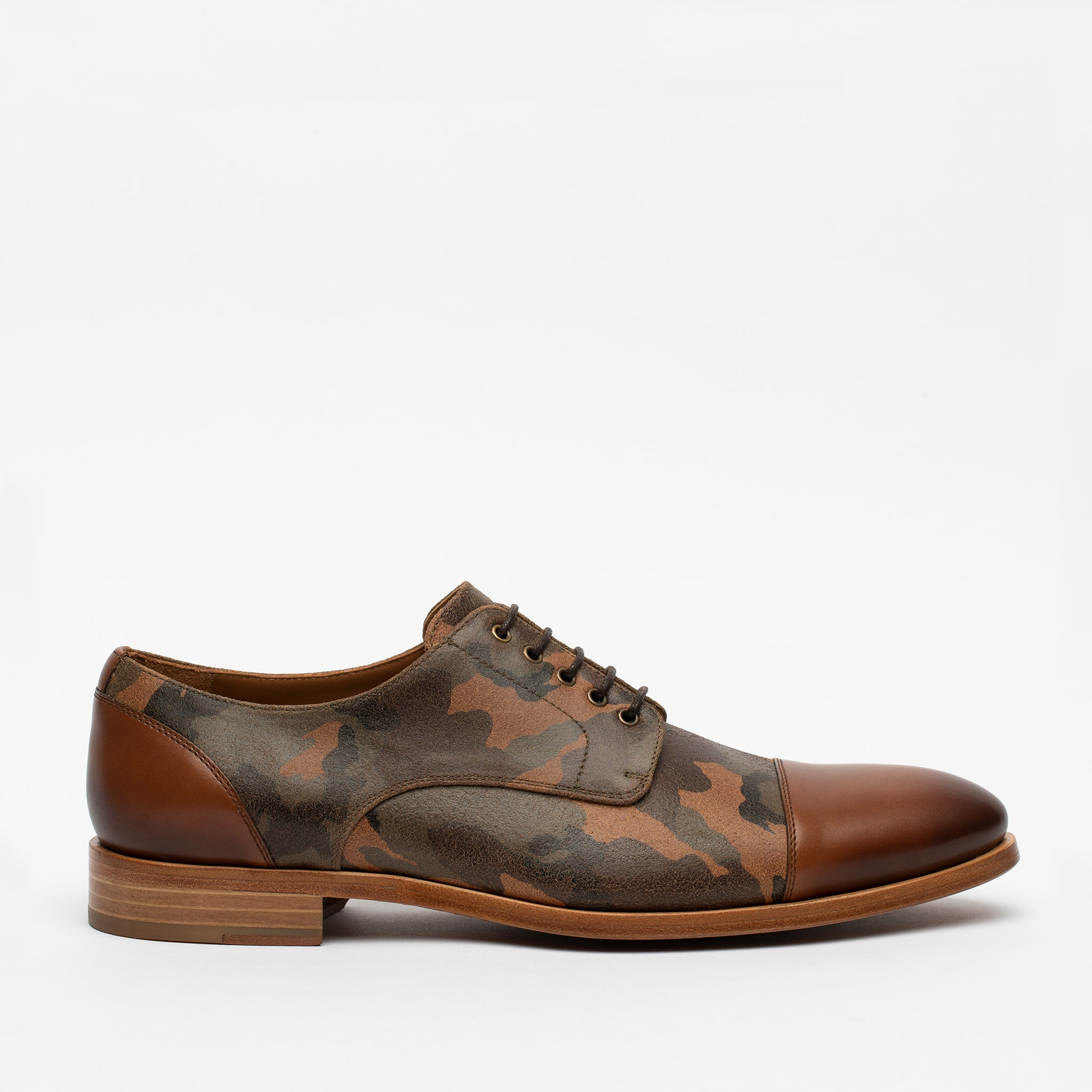 Troy Shoe in Camo side view