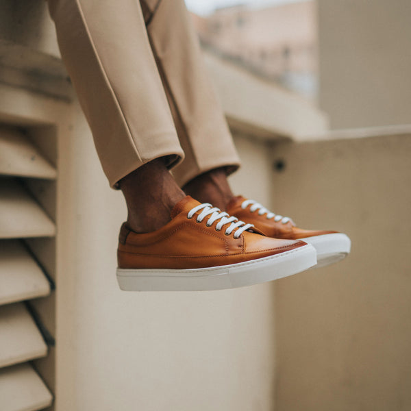 fifth ave sneaker in honey on model