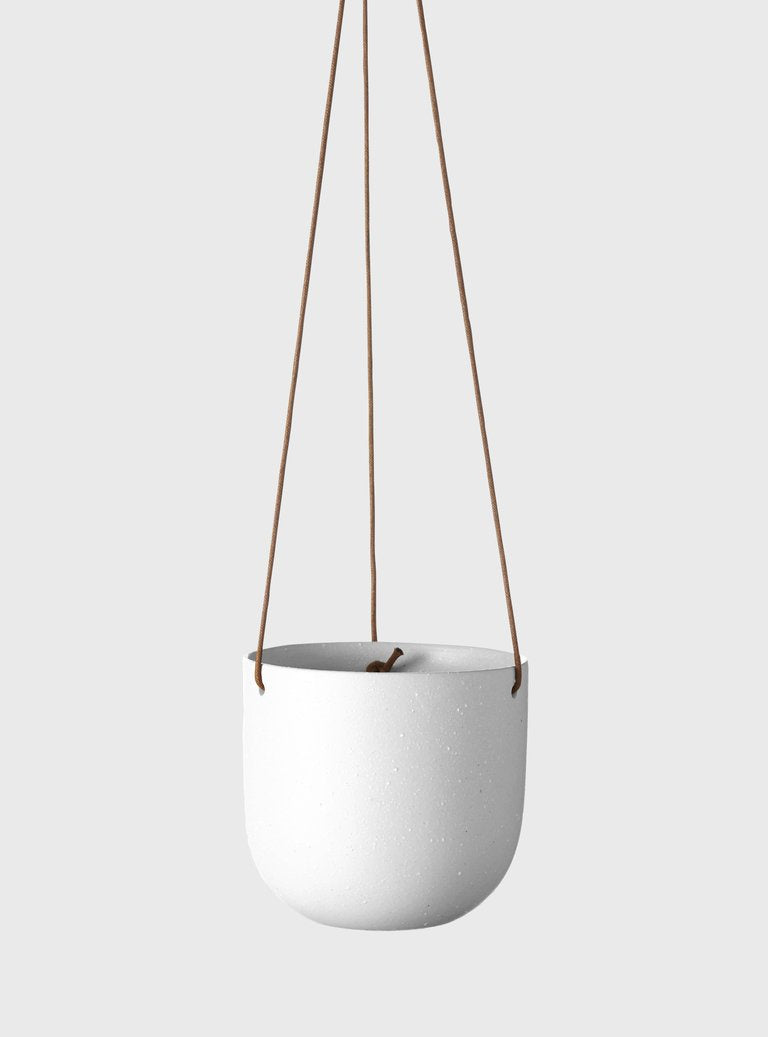 Cade Hanging Pot