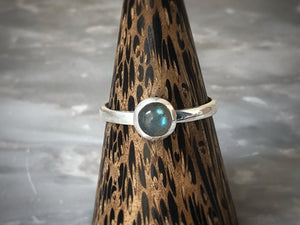 Small Labradorite Silver Ring