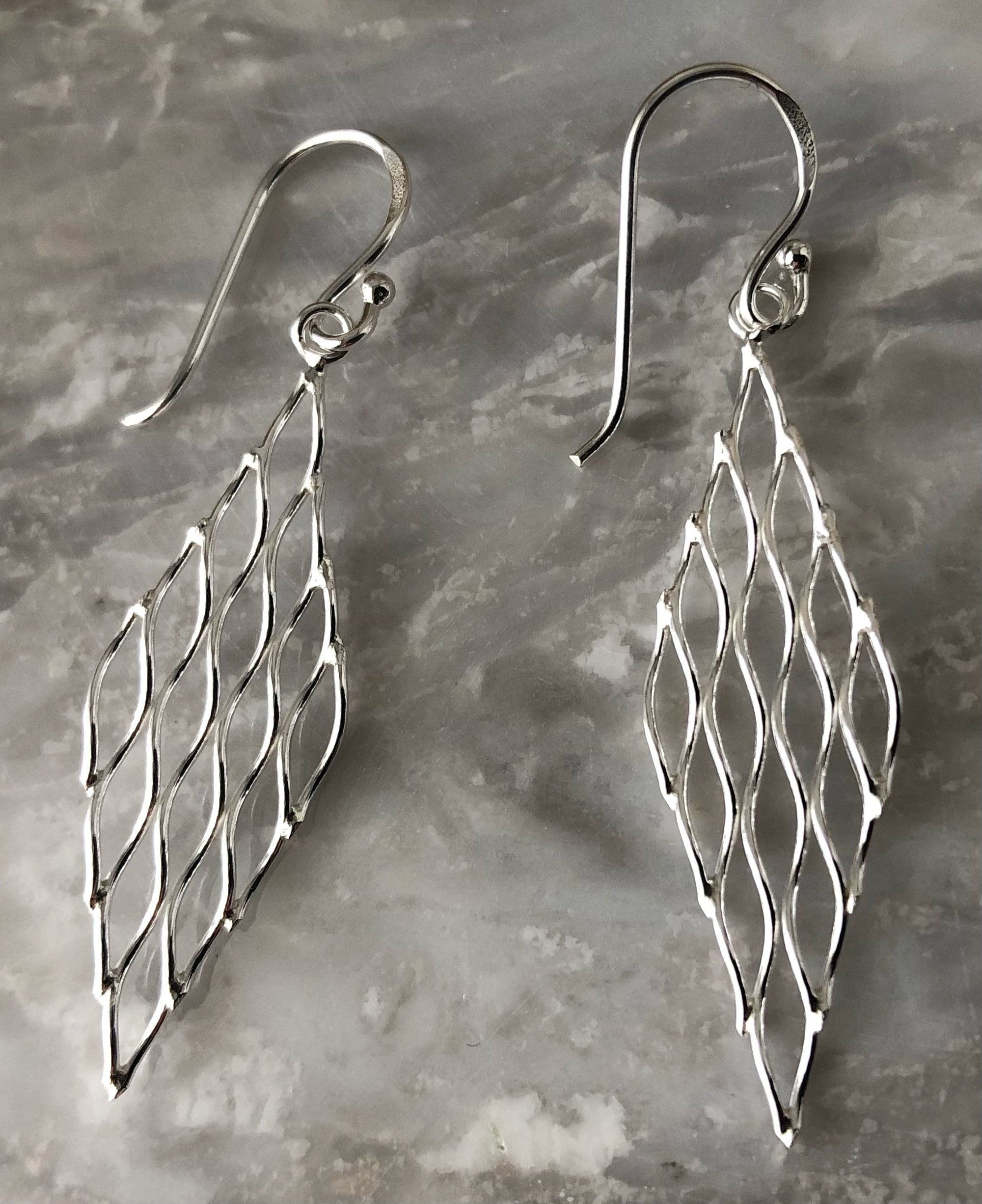 Silver Rhombus Mesh Earrings
