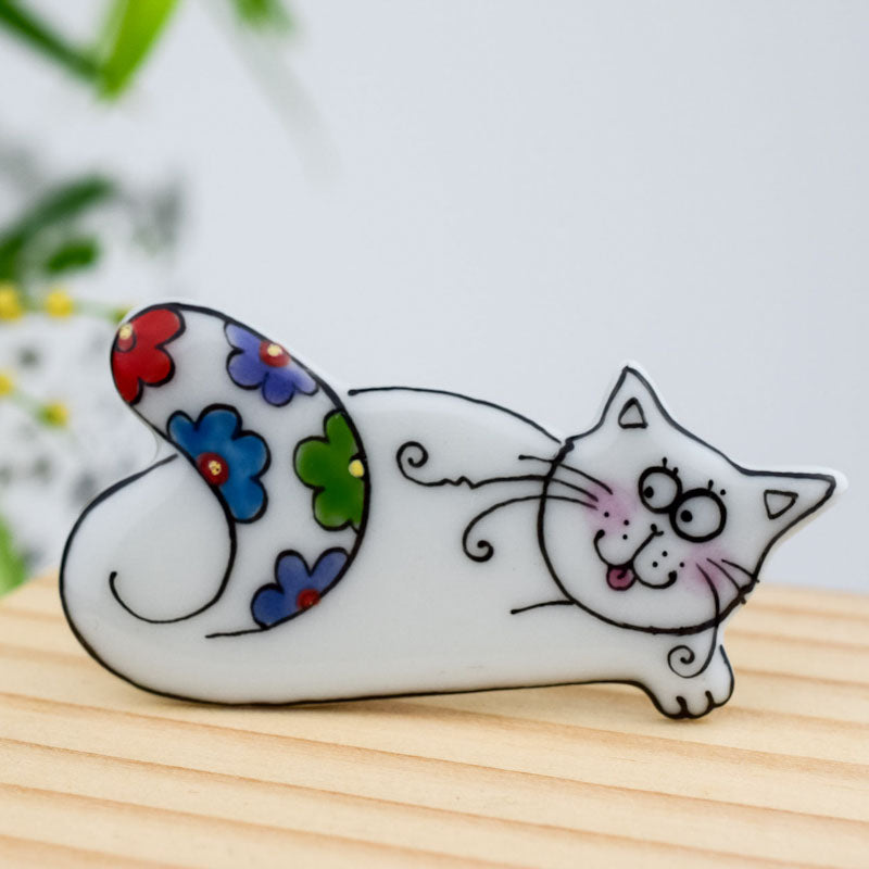 Porcelain  brooch - Logi Cat