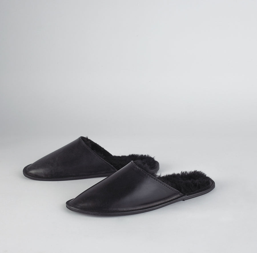 Louil House Shoe in Black