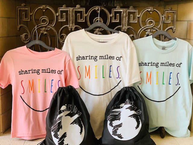 Sharing Miles Of Smiles - Youth T-Shirt - Pink