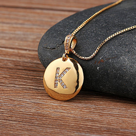 Top Quality Women Girls Initial Letter Necklace Gold 26 Letters Charm Necklaces Pendants Copper