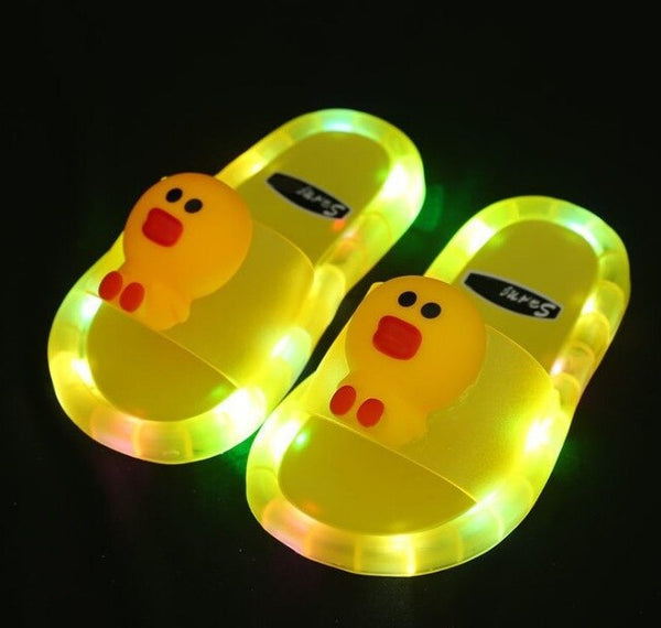 Light Up Slippers Children LED Kids Slippers Baby Bathroom Sandals Kids Shoes for Girl Boys Flip Flops Toddler