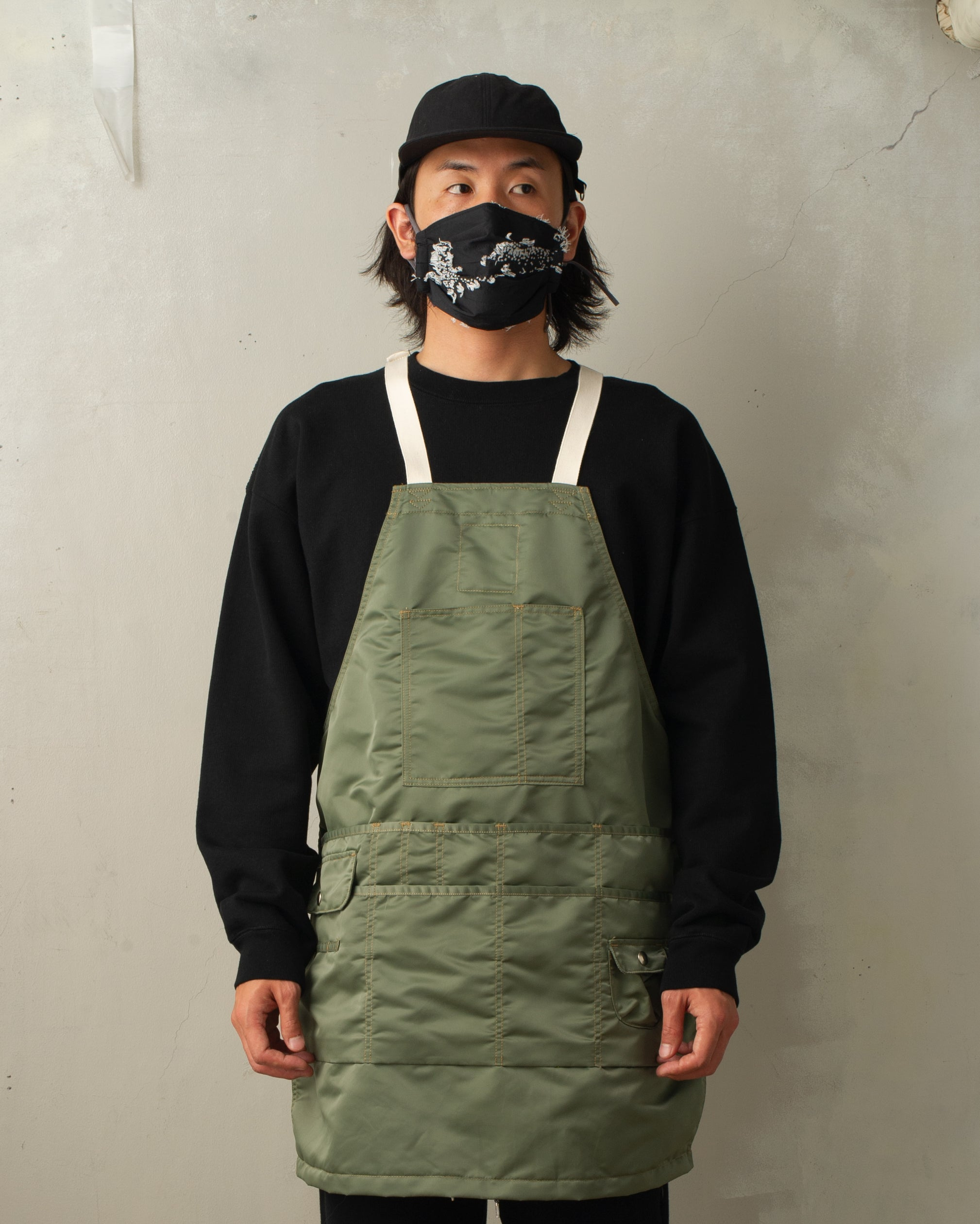 """SH-SV-NIS-1002 TACTICAL APRON"""