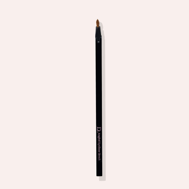 Tilting Eyeliner Brush