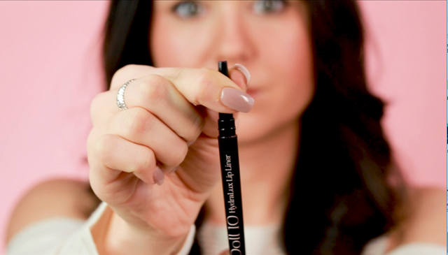 HydraLux™ Self-Sharpening Lip Liner + Lip Bag Collection