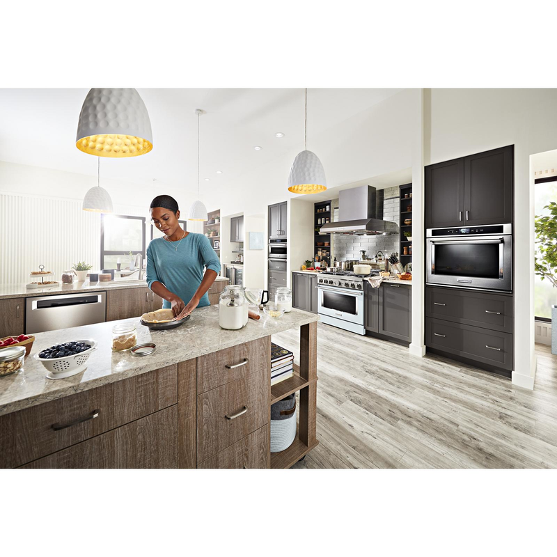 KitchenAid® 36'' Smart Commercial-Style Dual Fuel Range with 6 Burners KFDC506JMB
