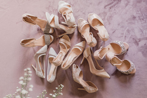 Neutral and sparkly shoes by Lubov Lisitsa from Pixabay