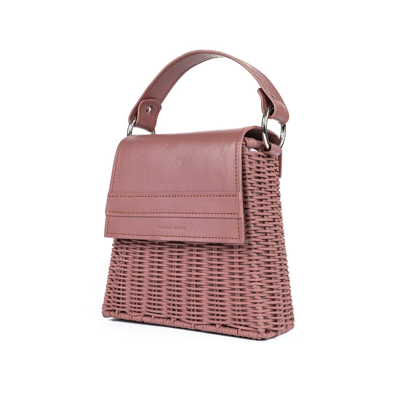 Wicker Wings Lian Dusk handwoven wicker bag, profile