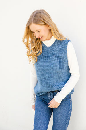 Load image into Gallery viewer, Timme Vest - Chambray Blue