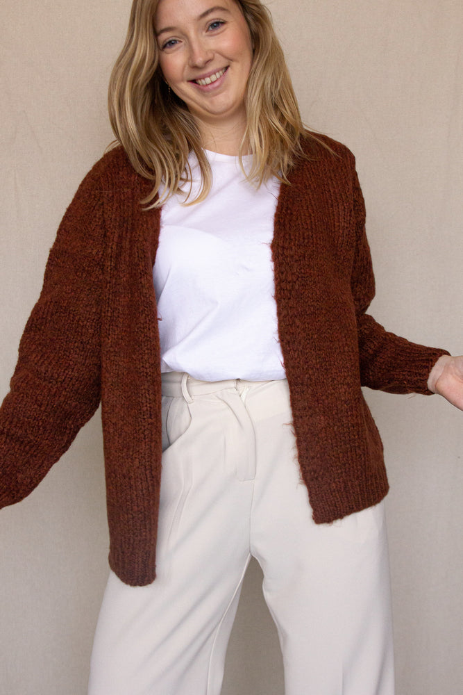 Load image into Gallery viewer, Valentia Cardigan - Mocha Bisque