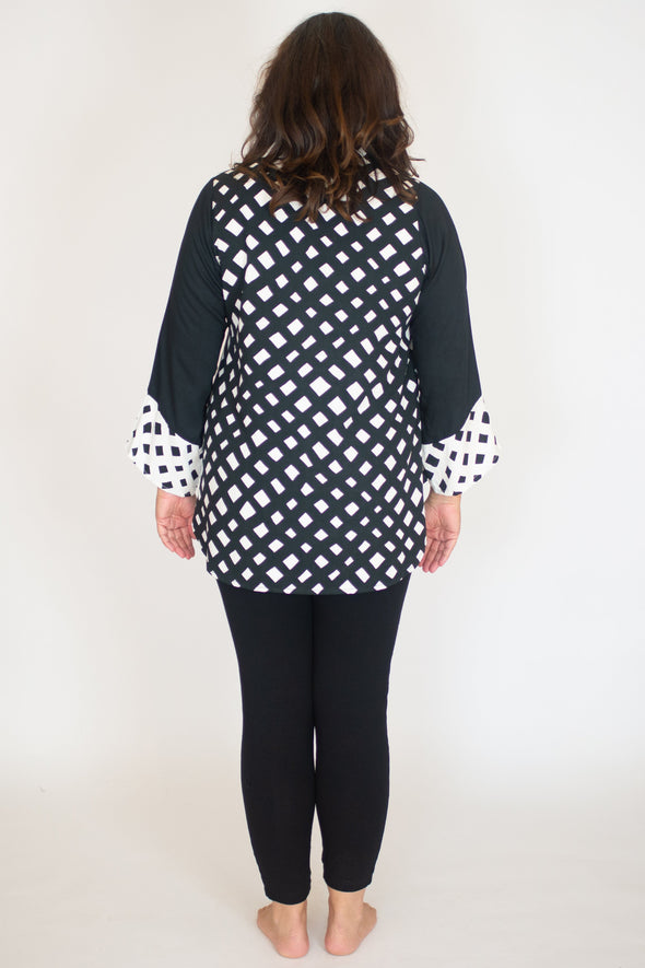 Vivien Tunic / Lattice Noir