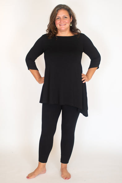 Lauren Tunic / Solid Noir