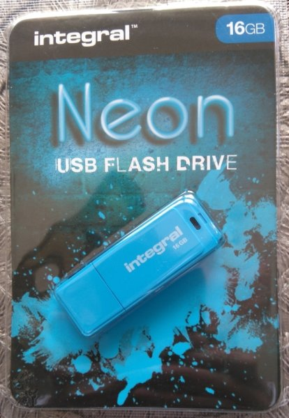 USB-minne 16Gb Integral Neon Flash Drive, blå