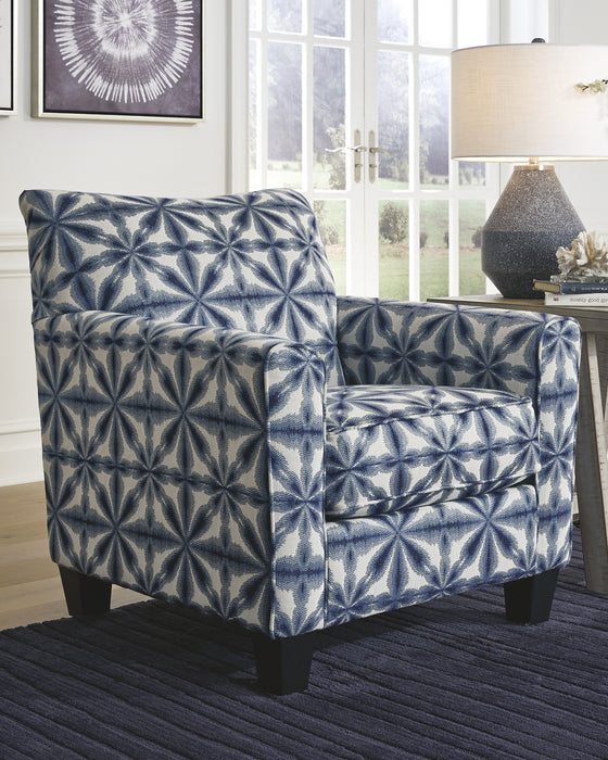Kiessel Nuvella Benchcraft Accent Chair image