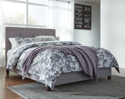 Dolante Signature Design by Ashley Bed image