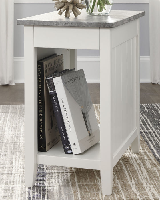 Diamenton Signature Design by Ashley End Table Chair Side image