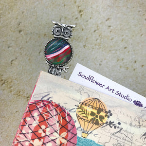 Red Green Owl Bookmark with Fluid Artwork