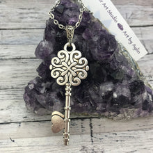 Load image into Gallery viewer, Candy Crush Silver Vintage Key Necklace