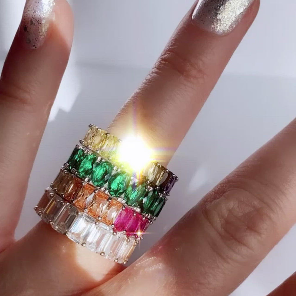 Load and play video in Gallery viewer, Emerald Ice Ring Size 7