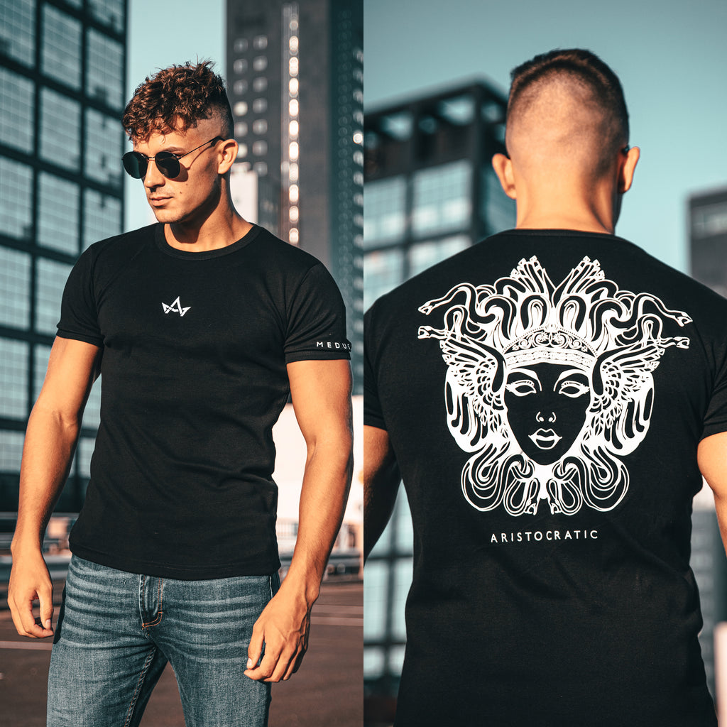 ARISTOCRATIC MEDUSA T-SHIRT