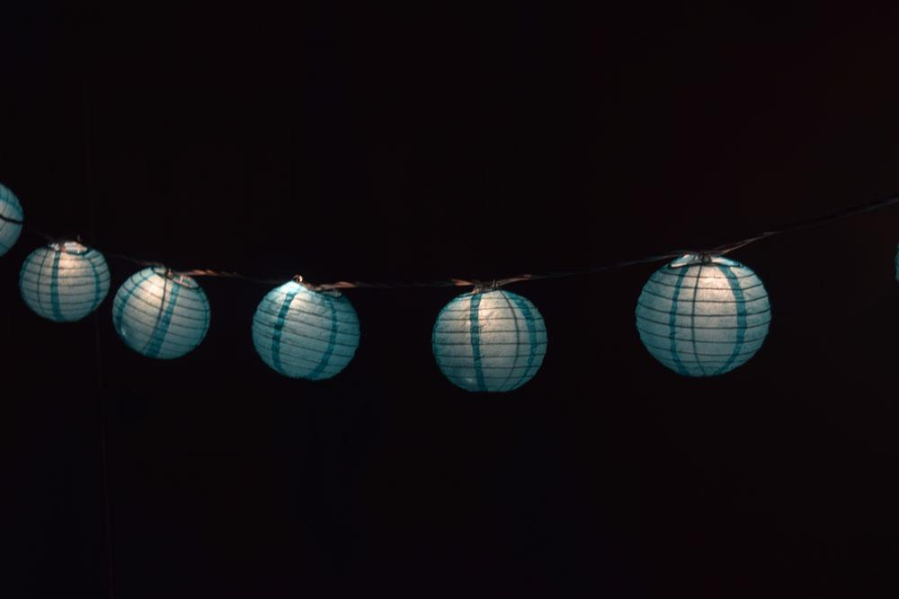 "10 Socket Water Blue Round Paper Lantern Party String Lights (4"" Lanterns, Expandable) - Luna Bazaar 