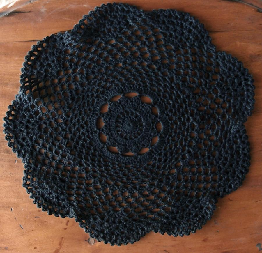 "CLOSEOUT 11.5"" Round Shaped Crochet Lace Doily Placemats, Handmade Cotton Doilies - Black (2 Pack) - Luna Bazaar 