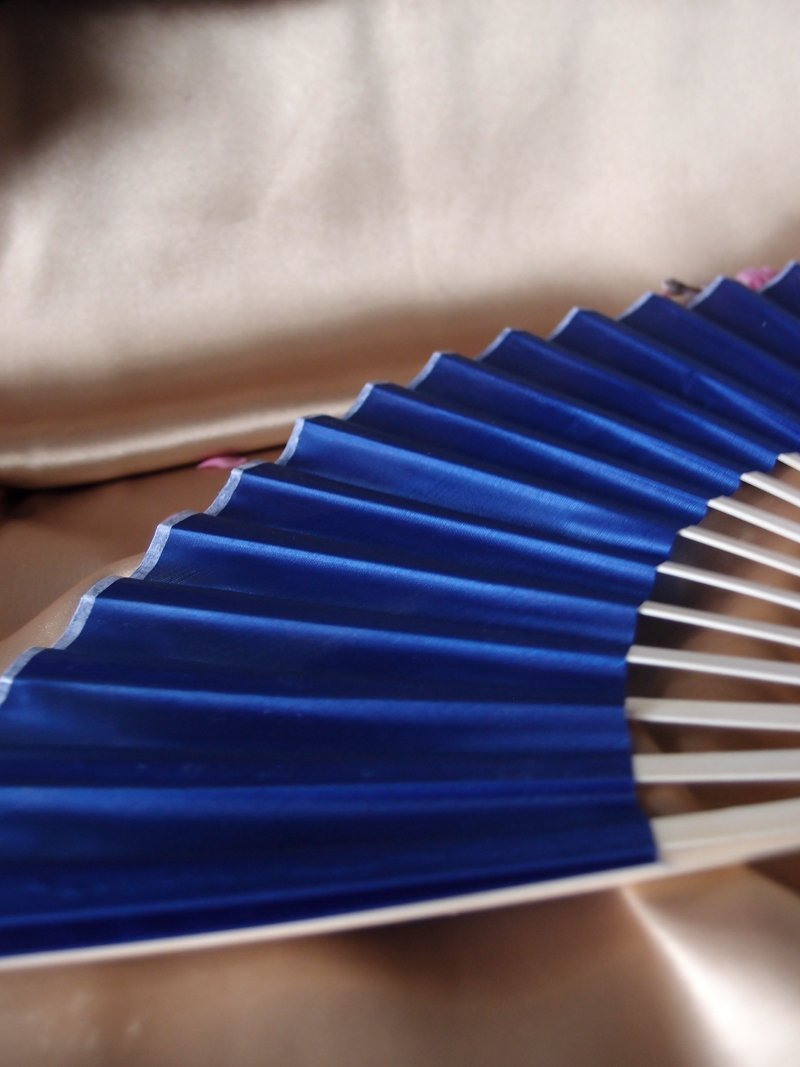 "9"" Dark Blue Silk Hand Fans for Weddings (10 Pack) - Luna Bazaar 