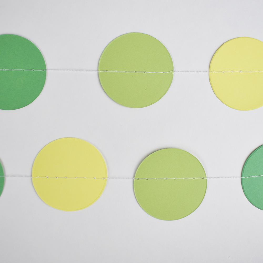 CLOSEOUT Green Ombre Paper Circle Garland - Luna Bazaar | Boho & Vintage Style Decor