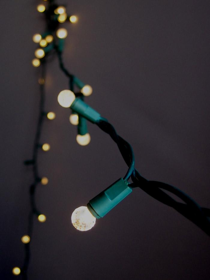 CLOSEOUT 70 Outdoor Warm White LED G12 Raspberry String Lights, 23.6 FT Green Cord, Weatherproof, Expandable - Luna Bazaar | Boho & Vintage Style Decor