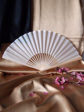 "50-Pack 9"" White Silk Hand Fans for Weddings - Luna Bazaar 