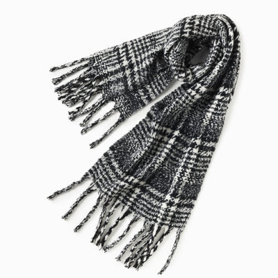 Black boucle houndstooth winter scarf with fringe